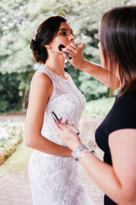 Maquillaje boda de día vestido