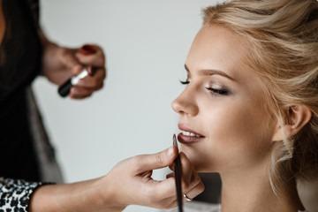 Cómo debe ser el maquillaje de la novia