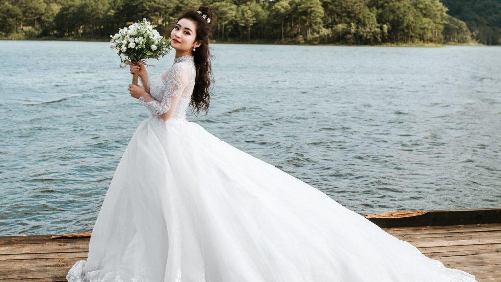 Cómo elegir tu vestido de novia perfecto en 4 pasos